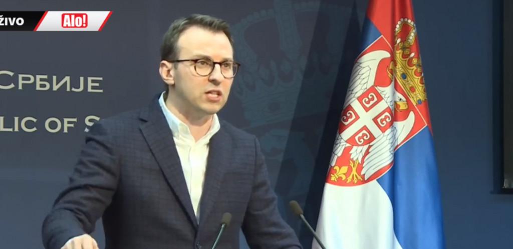 VANREDNO OBRAĆANJE IZ VLADE SRBIJE Dramatično na Kosovu