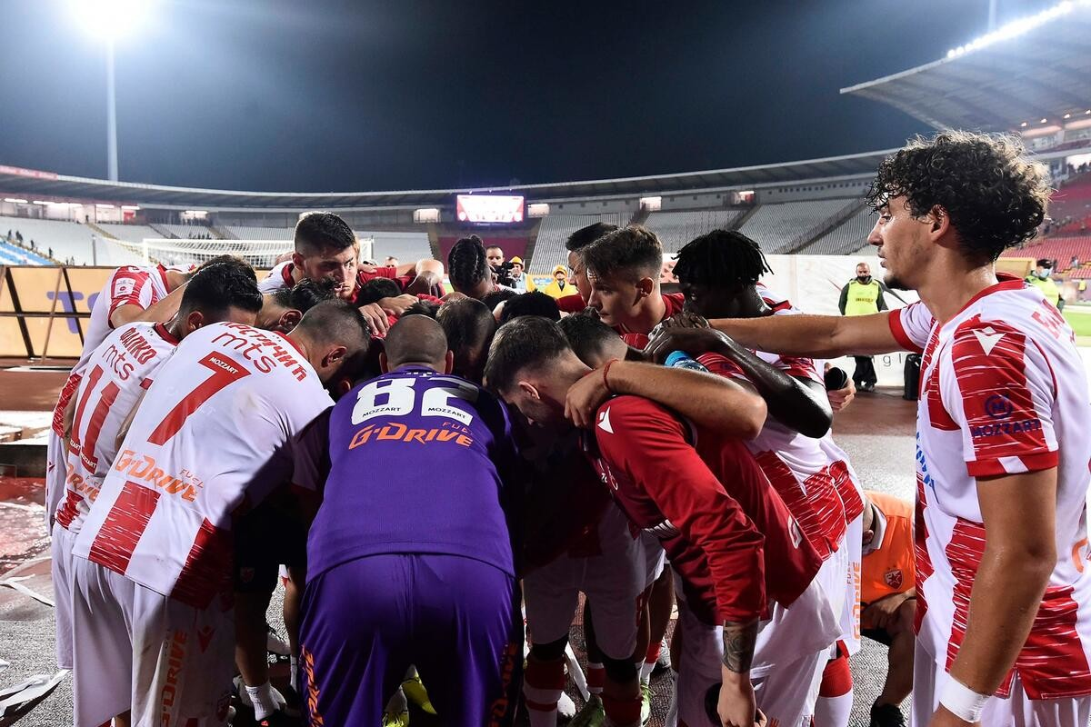 STANKOVIĆ ODREDIO PUTNIKE ZA KAZAHSTAN: Trener Zvezde precrtao dva igrača za susrete protiv Kairata