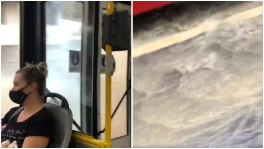 ULICE BEOGRADA POD VODOM: Autobus se probija kroz reku (VIDEO)