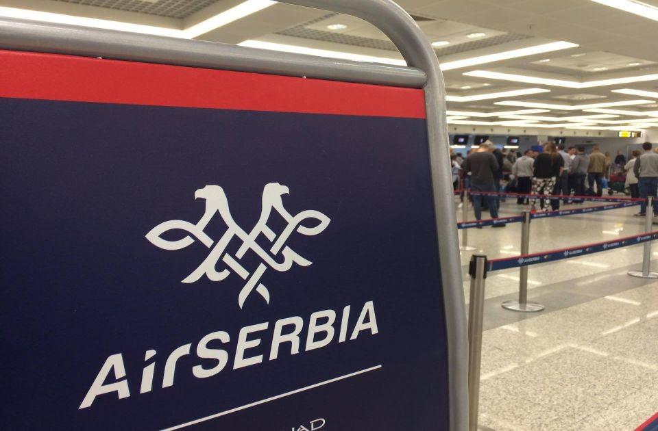 Sinu Predraga Kona i rođaci Darije Kisić visoke pozicije u Er Srbiji