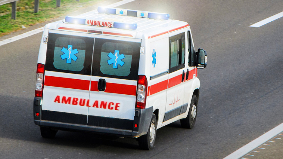 Jedna osoba poginula, jedna teško povređena u nesreći u Južnobačkom okrugu