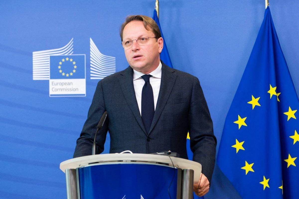 Varhelyi: EU following expropriation in Serbia