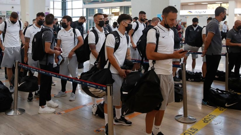 Partizan krenuo na Kipar: Stanojević poveo 23 igrača