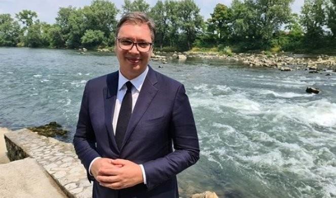VUČIĆ DANAS U BANJALUCI! Predsedniku Srbije dodeljuju ključ Grada sa Poveljom počasnog građanina
