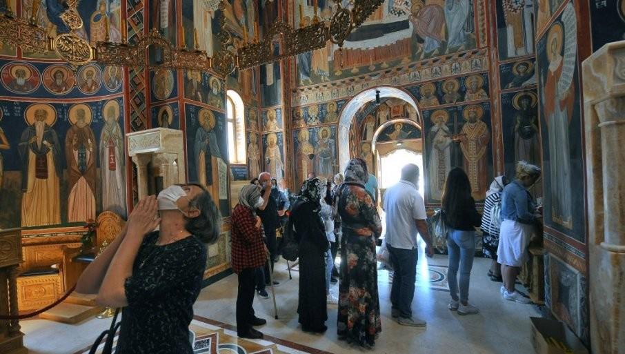 VERA U ČUDA TUMANSKIH SVETITELJA: Iguman Dimitrije - U svetinji je ove godine bilo oko milion ljudi (FOTO)