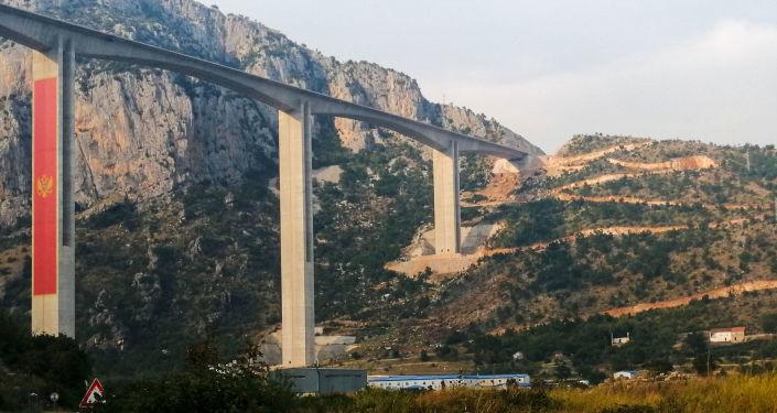 Завршетак радова на јесен: Прва деоница ауто-пута кроз Црну Гору у седам минута /видео/