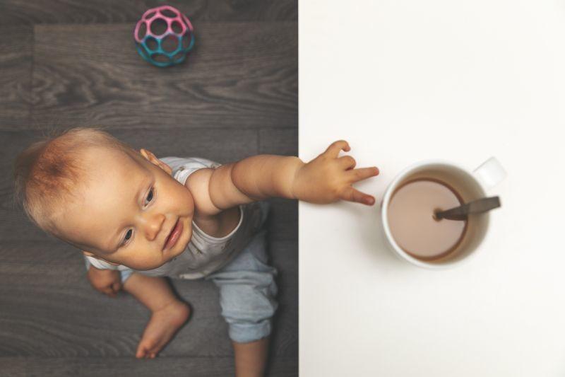 Naučnici otkrivaju: Da li kafa zaista zaustavlja rast dece?