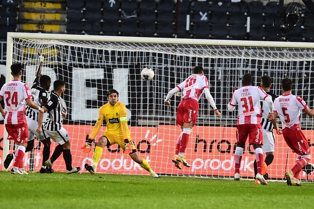 Partizan POGUBIO konce, Zvezdu brinu crveni kartoni: Katai izjednačio! (FOTO+VIDEO)