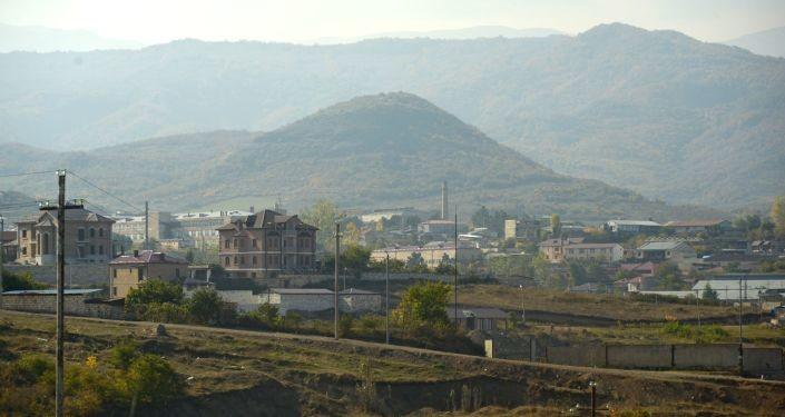 Неколико експлозија потресло главни град Карабаха