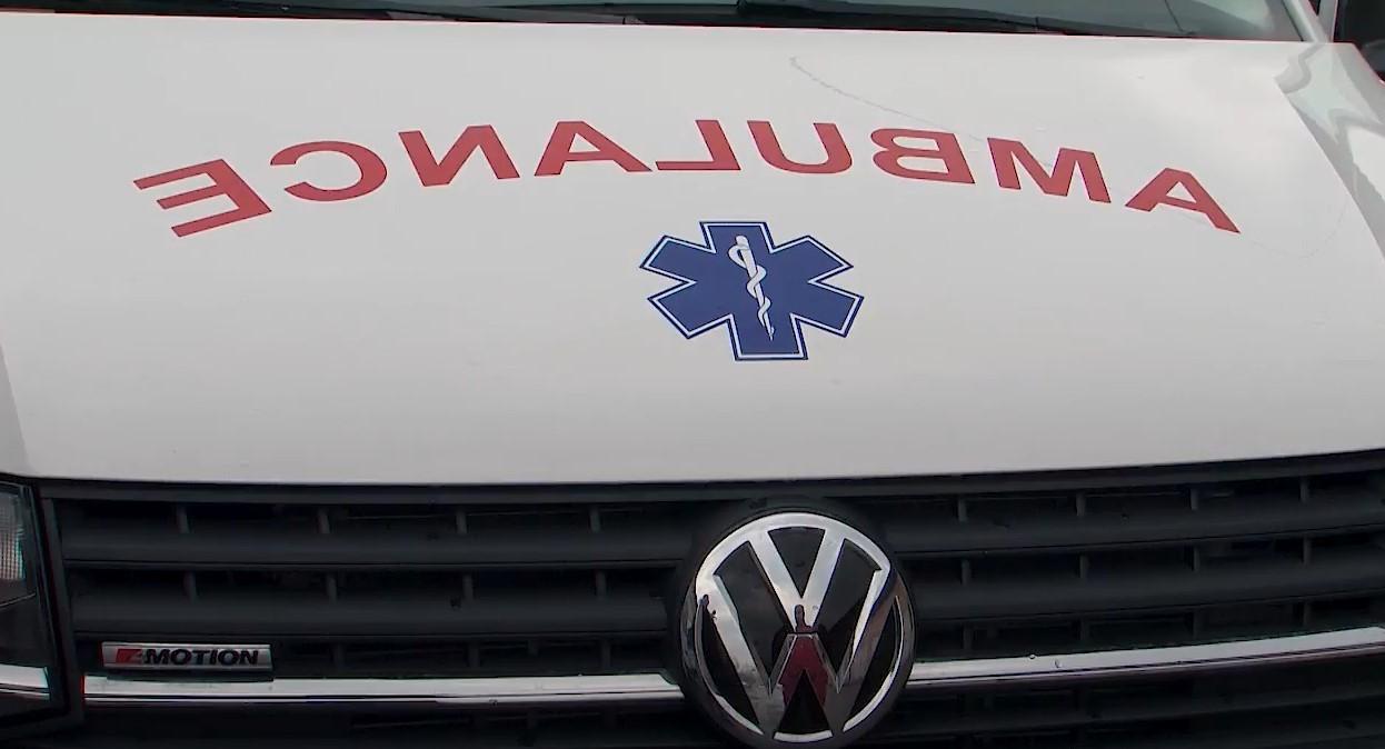 Dve nesreće u roku od sat vremena na Obrenovačkom drumu: Dve osobe povređene, Hitna intervenisala