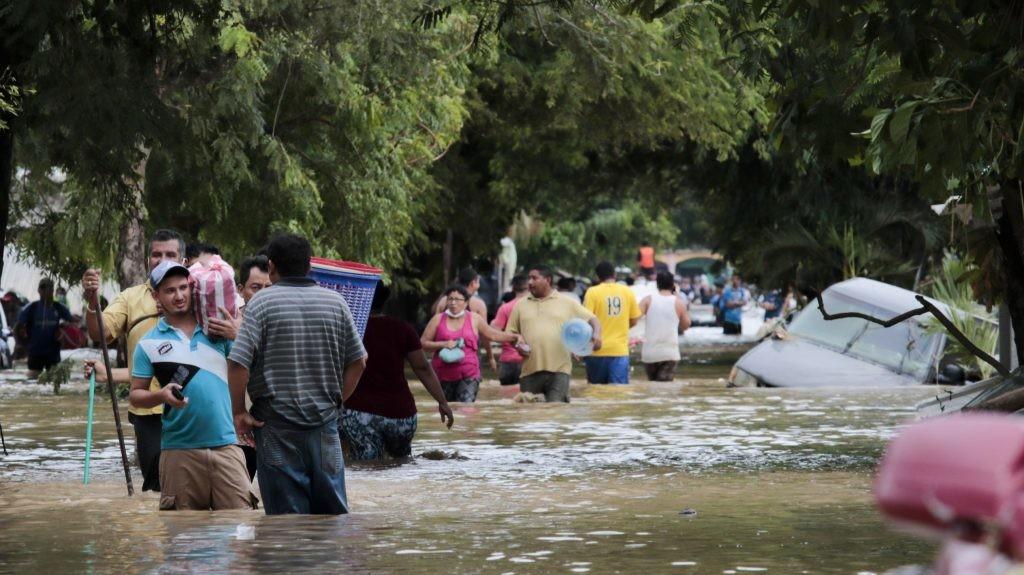 Centralna Amerika: 180 mrtvih ili nestalih u naletu uragana