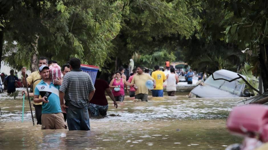 Uragan Eta ostavio 180 mrtvih ili nestalih širom Centralne Amerike