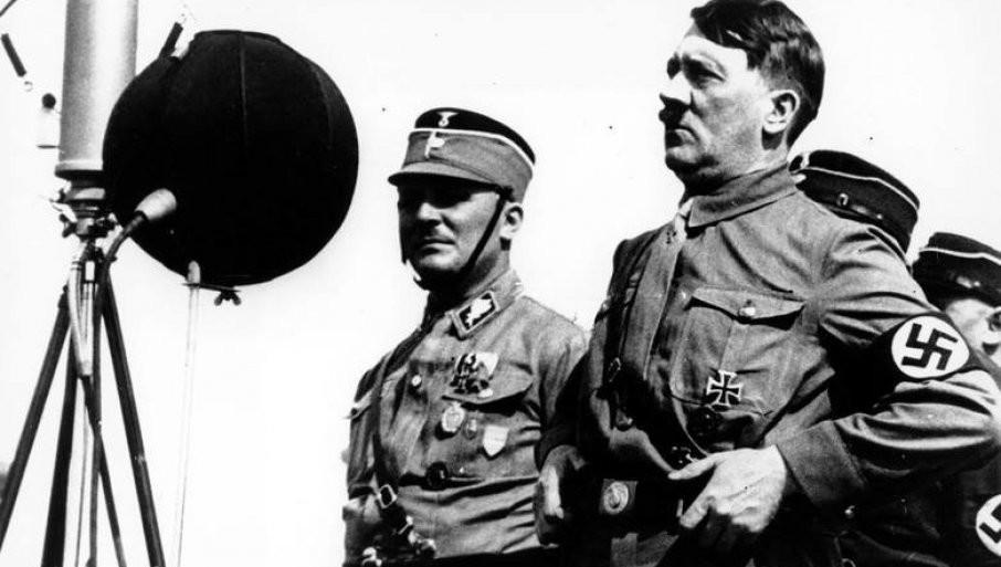 OTKRIVEN TAJNI TUNEL U BERLINU: Vodi pravo do Hitlerovog bunkera, podzemni prolaz podgrejao teorije zavere