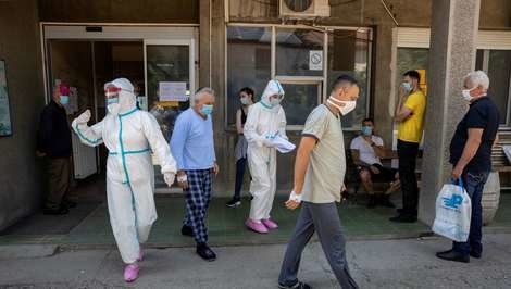 Virus i statistika: Ko je umro od korone, a ko s koronom