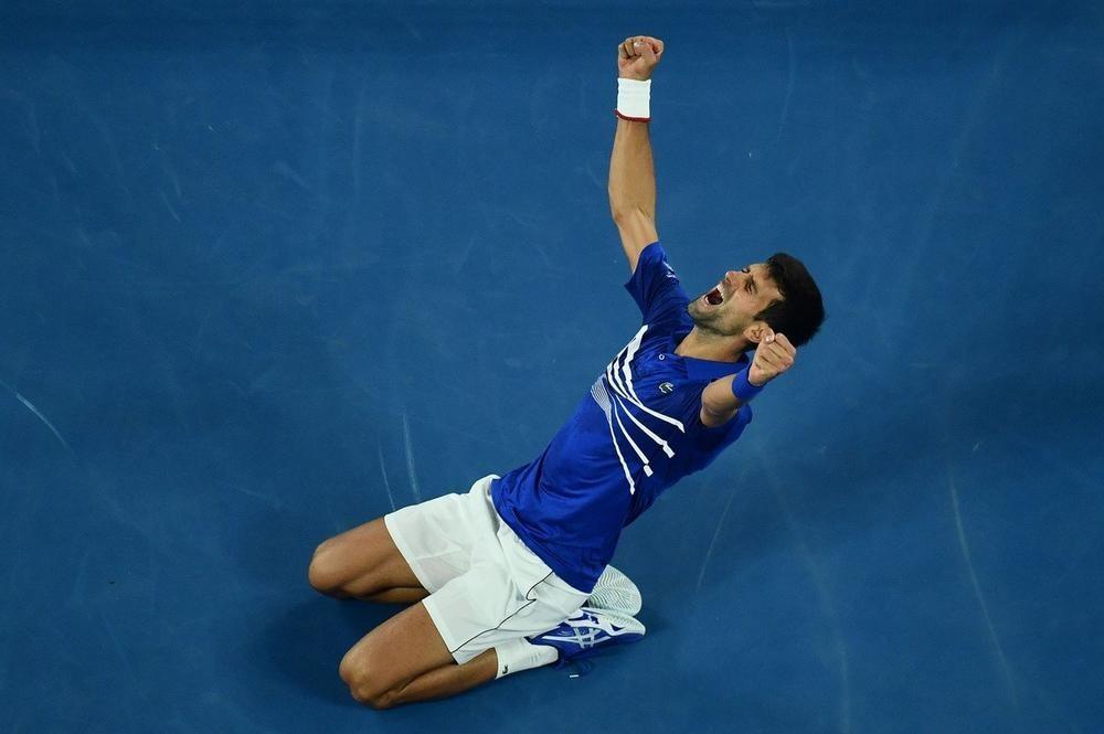 SAD JE I ZVANIČNO! Novak Đoković za ISTORIJU: Srbin izjednačio Samprasov rekord! Čestitke pjušte sa svih strana! (FOTO)