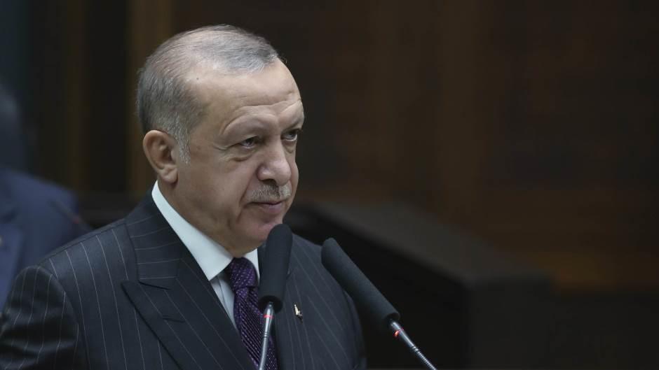 Erdogan smenio šefa centralne banke zbog visoke inflacije i niske vrednosti lire