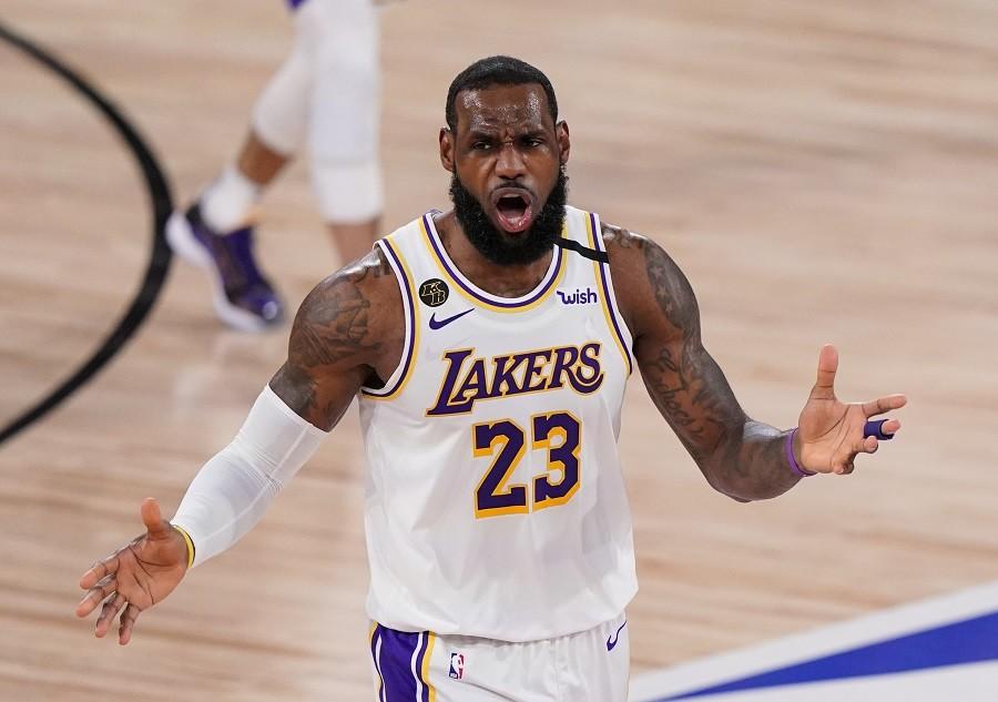 Lebron nezadovoljan odlukom NBA lige