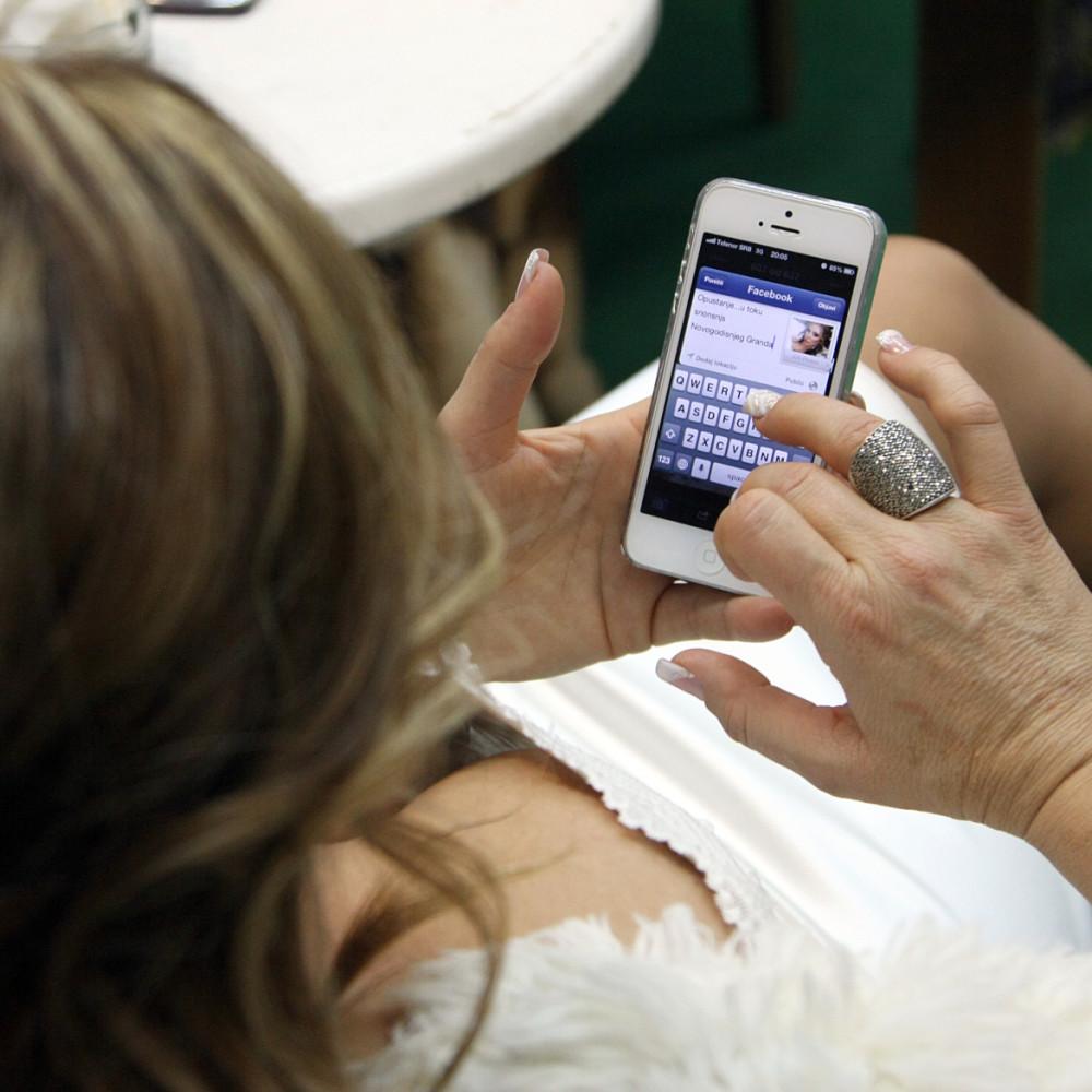 Oprez! Virus korone na mobilnom telefonu ostaje i do mesec dana