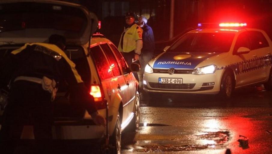 """TEŠKA NESREĆA KOD ZVORNIKA: Poginuo vozač """"BMV"""", dvoje povređeno u sudaru"""