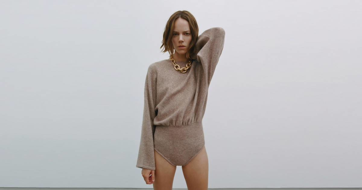 Kreatori nam za jesen predlažu džemper bodi i ne znamo šta da mislimo o tome