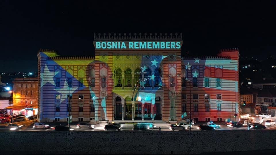 Slavlje u Sarajevu zbog pobede Bajdena, Većnica zasvetlela u njegovu čast