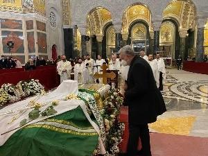 Кривокапић одао почаст патријарху Иринеју
