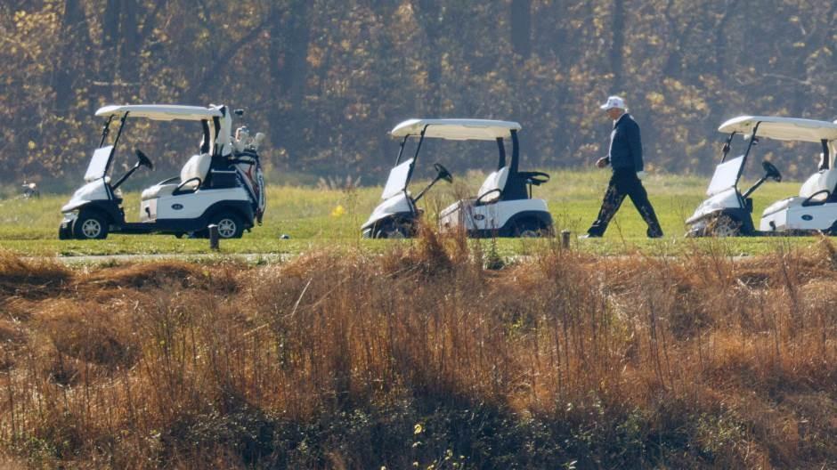 Usred samita G-20 Tramp otišao na golf