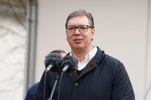 Vučić nije zaboravio njen dan! Nasmejana pokazala tortu ukrašenu slatkim vezom