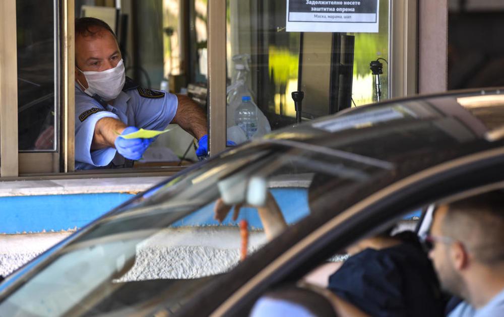 OTKAD JE UKINUT OBAVEZAN PCR TEST: Do 14 ČASOVA u Srbiju ušlo više od 1.200 Makedonaca!