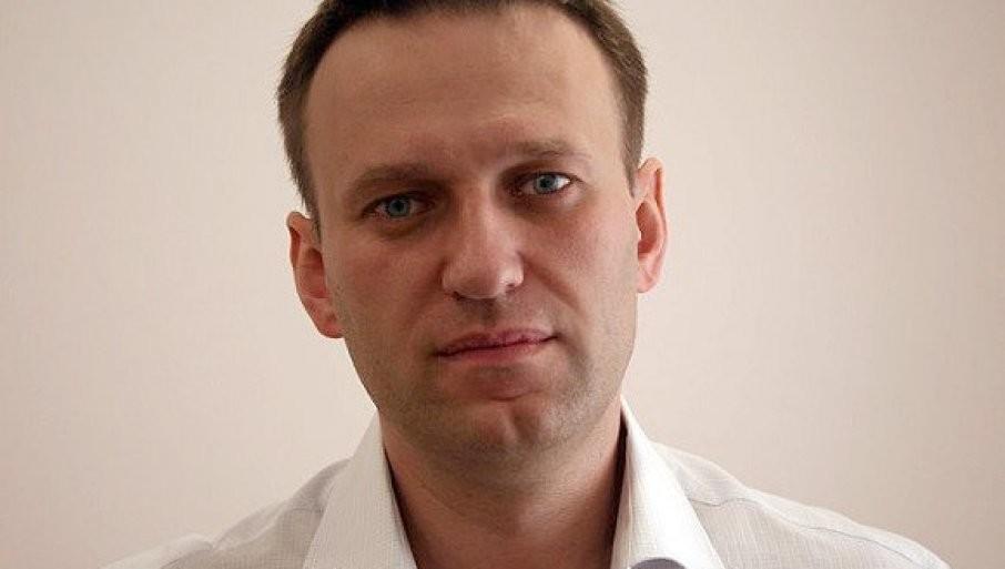 IZDAT NALOG ZA HAPŠENjE NAVALjNOG: Opozicionaru uslovna kazna zamenjena zatvorskom