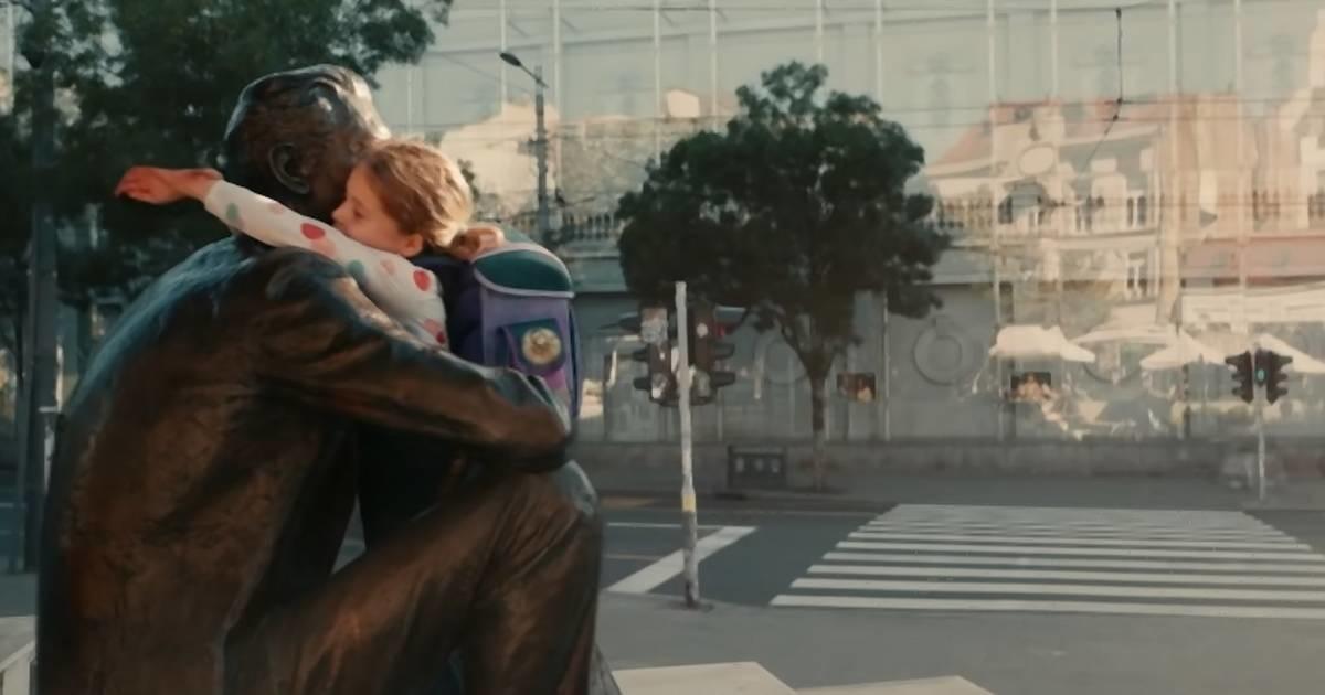 """Nešto je trulo u reklami američke ambasade """"Vi ste svet"""" o Borislavu Pekiću - a nije reklama"""