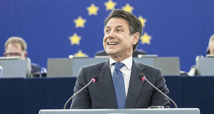 Премијер Италије одбио да поднесе оставку