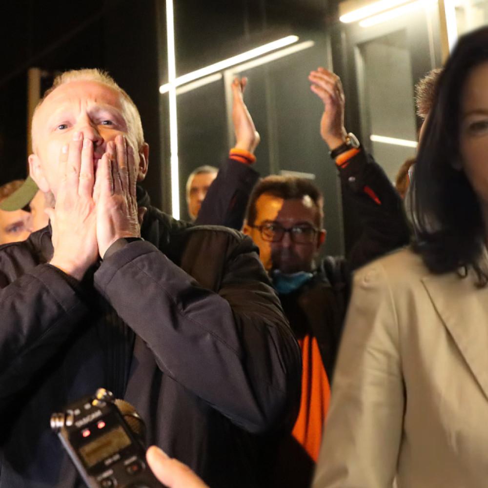 Đilas preti da će zatvarati nepodobne medije, Tanja Fajon ćuti! Par dana kasnije, javlja se da soli pamet Srbima!