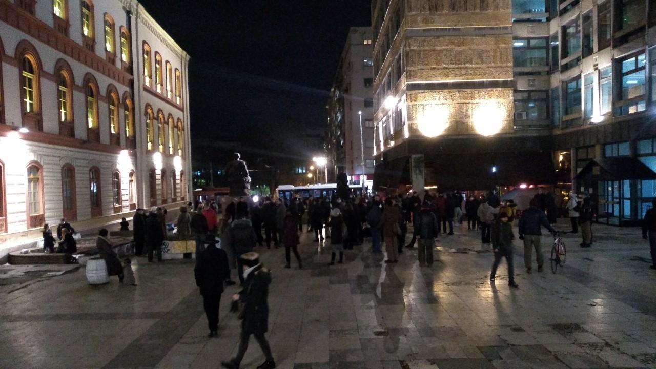 Protest ispred Filozofskog zbog postavljanja spomenika Stefanu Nemanji