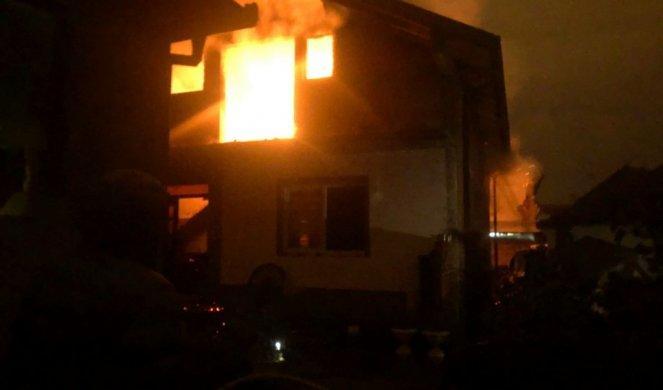 NOVI POŽAR U NOVOM PAZARU! Vatra zahvatila veći deo kuće, vatrogasci se bore sa stihijom!