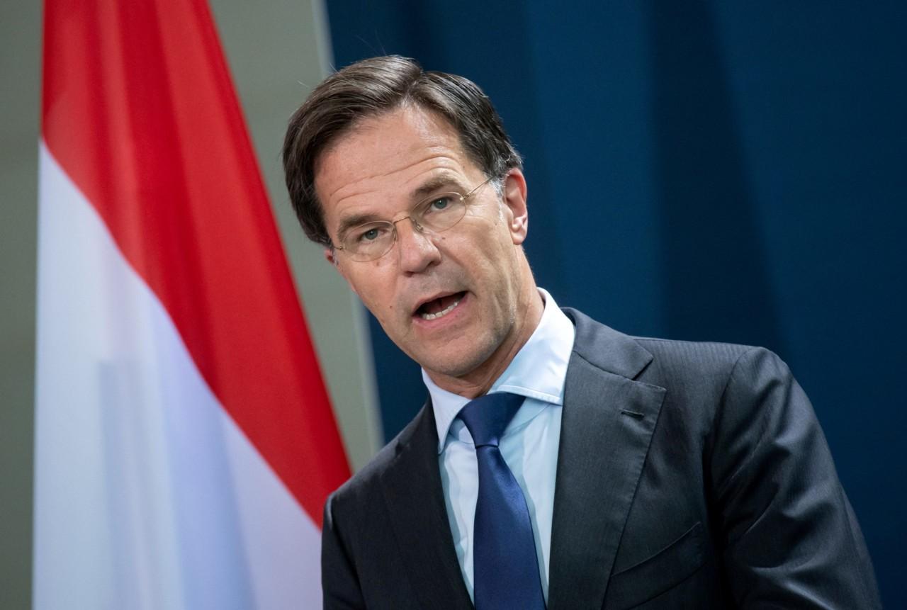 Holandska vlada produžava policijski čas, ublažavaju se neka ograničenja