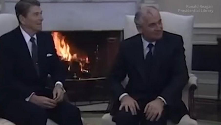 NATO JE IZDAO GORBAČOVA! Nekadašnja savetnica Regana tvrdi da je Severnoatlantska alijansa obećala da se neće širiti na Istok