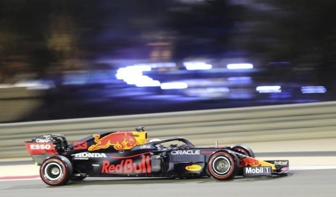 RED BUL BESAN ZBOG HAMILTONOVE POBEDE! Počela PLJUVAČINA i u Formuli 1!