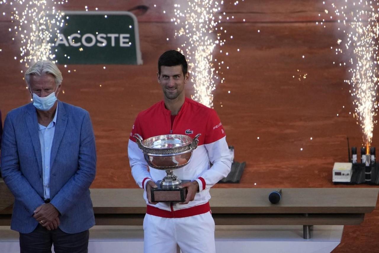 IJAO, ŠTA IM URADI! Novak Đoković je na ATP listi toliko pobegao Nadalu i Federeru, da se ovo ne pamti!