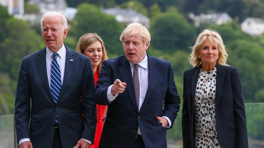 Prvi sastanak Bajdena sa britanskim premijerom