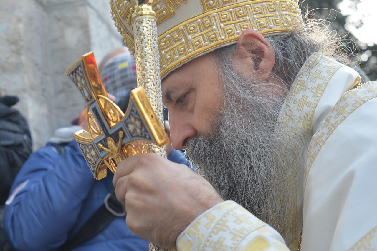 U danu kada je ustoličen, patrijarh Porfirije primio lošu vest: Strepi zbog zdravlja svog duhovnog oca