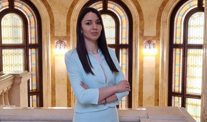 NEVENA ĐURIĆ RASTURILA MARINIKU: Tepićki i njenom šefu Đilasu smeta što Vučić otvara nove fabrike!