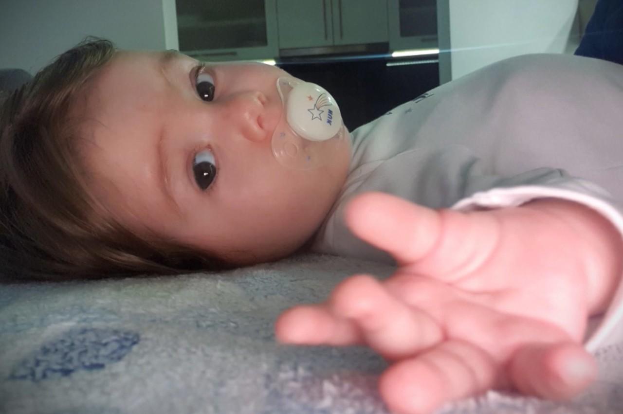 Mali Gavrilo primio neophodni lek, roditelji kažu – hvala, Srbijo