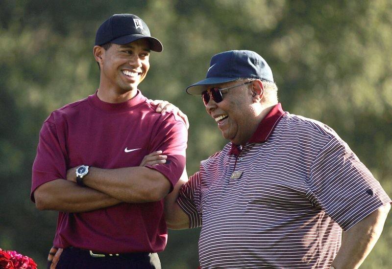 """Otac ga je toliko """"mučio"""", da nije imao život: Branili mu da ima devojku, za njega je postojao samo golf!"""