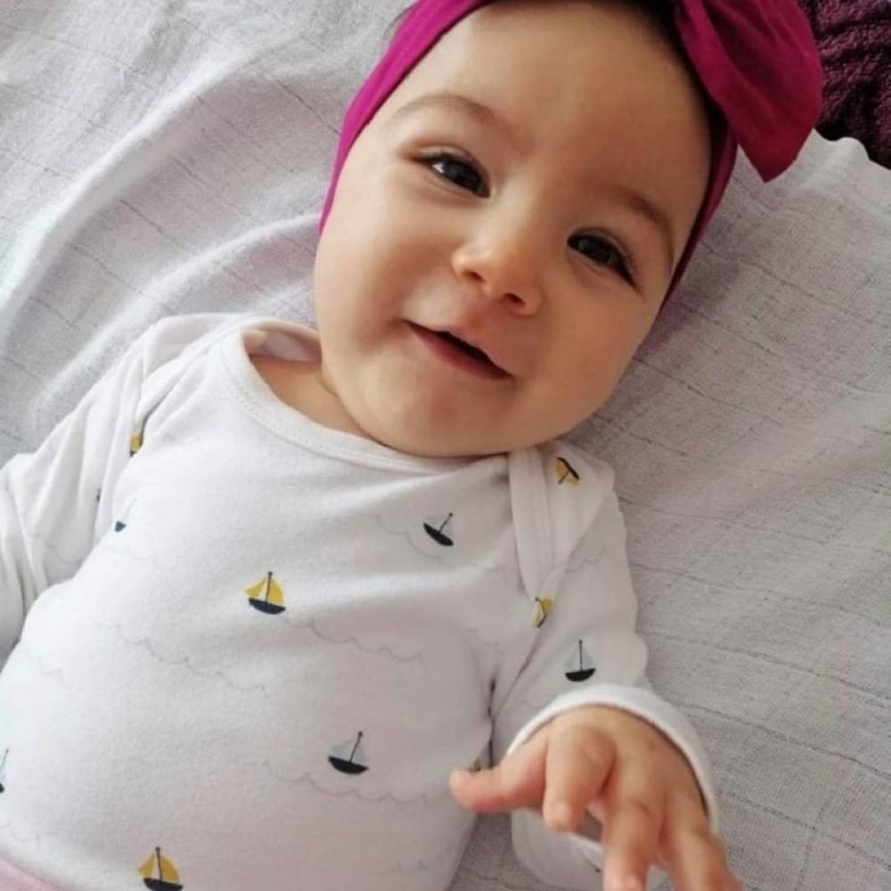 Mala Minja krenula na tretman lečenja i po lek