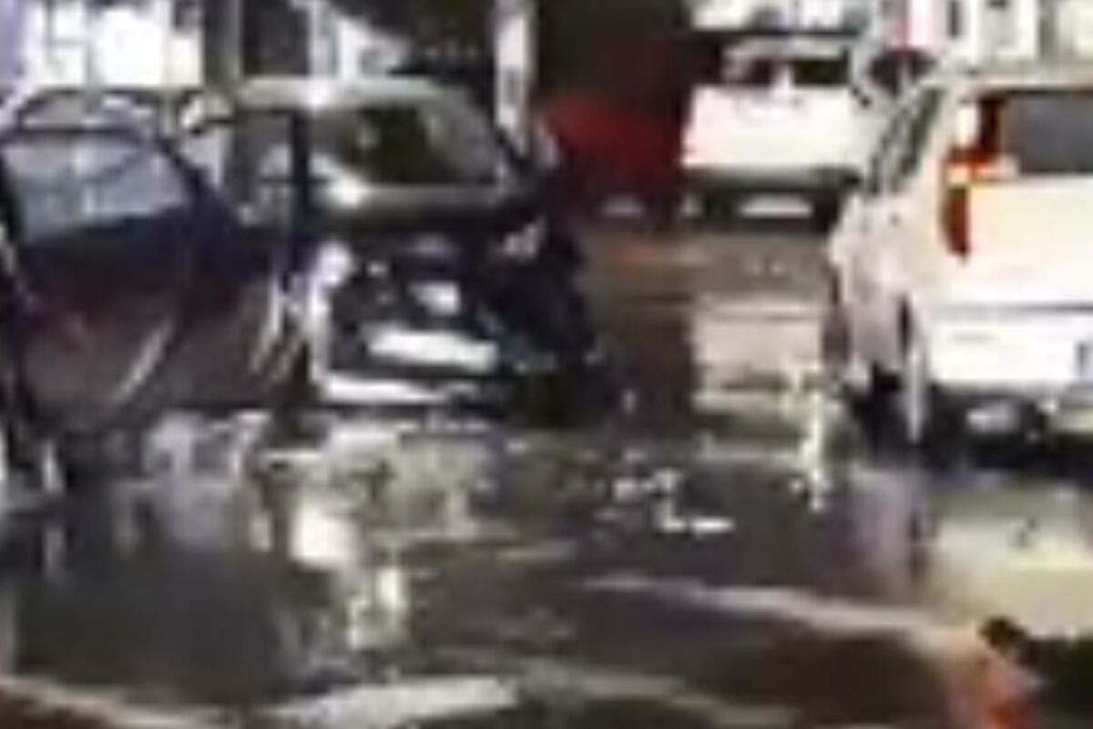 KARAMBOL NA BANOVOM BRDU: Tri automobila u lančanom sudaru!