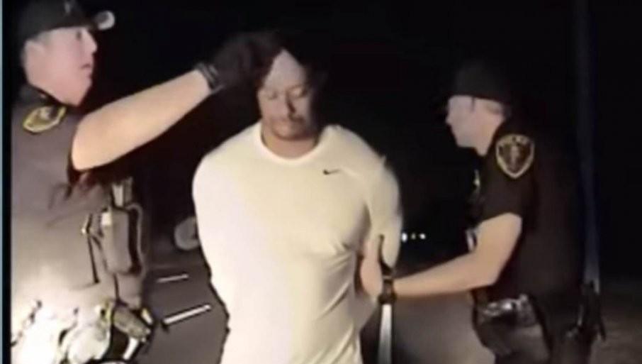 NEODGOVORNOST TAJGERA VUDSA: Ovo mu je treća saobraćajka, 2009. slupao auto, 2017. vozio pijan (VIDEO)!.