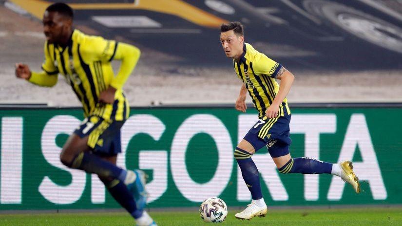 Fener ne odustaje od Lige šampiona – tri gola za 14 minuta (VIDEO)