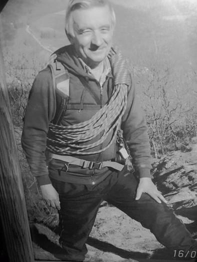 Sakupljač vojnih rekvizita, odlikovanja i alpinističke opreme