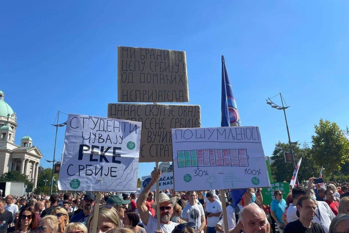 """BLOG UŽIVO: """"Ekološki ustanak"""" u Beogradu, počeo protest"""